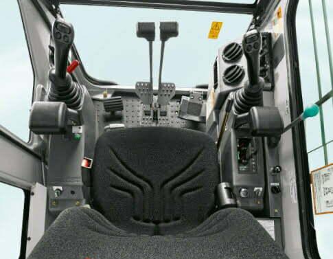 TB 153 FR – Cab